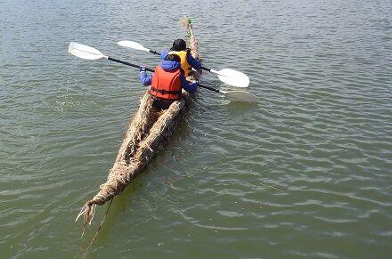 霞ヶ浦の葦舟